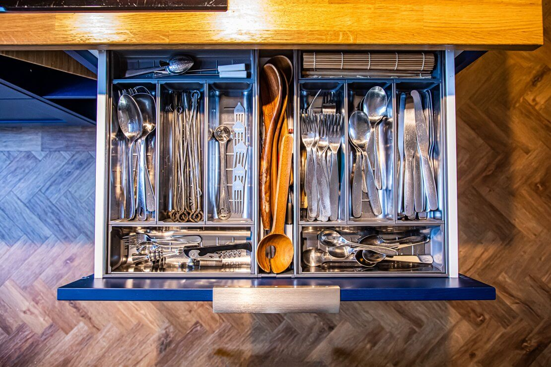 bespoke cutlery tray in blue sustainable kitchen